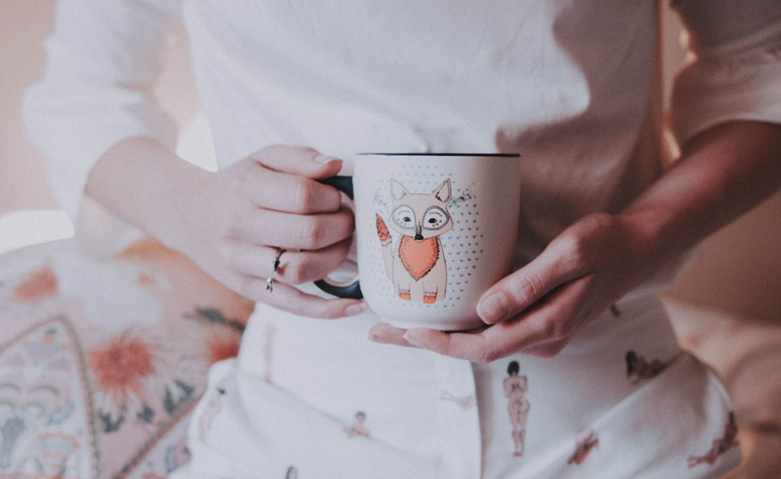 Coffee mug with a picture of a fox.